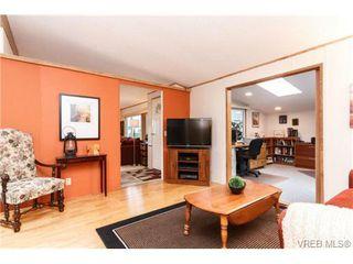 Photo 10: 123 7701 Central Saanich Rd in SAANICHTON: CS Saanichton Manufactured Home for sale (Central Saanich)  : MLS®# 687804