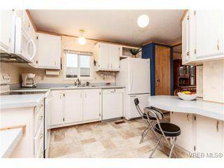 Photo 7: 123 7701 Central Saanich Rd in SAANICHTON: CS Saanichton Manufactured Home for sale (Central Saanich)  : MLS®# 687804