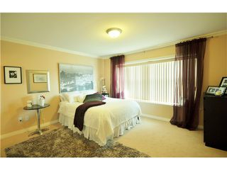 Photo 11: 7871 CUMBERLAND ST - LISTED BY SUTTON CENTRE REALTY in Burnaby: East Burnaby House for sale (Burnaby East)  : MLS®# V1102281