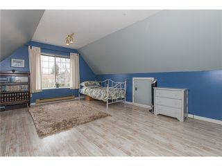 "Photo 17: 6156 PARKSIDE Court in Surrey: Panorama Ridge House for sale in ""BOUNDARY PARK"" : MLS®# F1434271"