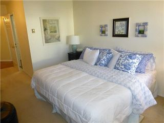 "Photo 13: 202 1378 FIR Street: White Rock Condo for sale in ""CHATSWORTH MANOR"" (South Surrey White Rock)  : MLS®# F1434479"
