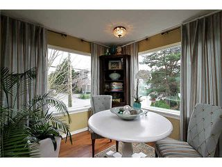 "Photo 7: 202 1378 FIR Street: White Rock Condo for sale in ""CHATSWORTH MANOR"" (South Surrey White Rock)  : MLS®# F1434479"