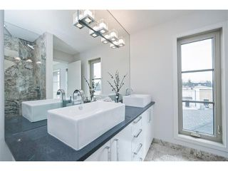 Photo 23: 2 413 17 Avenue NW in Calgary: Mount Pleasant House for sale : MLS®# C4006497