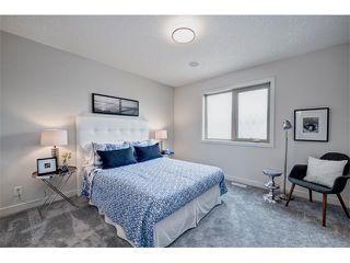 Photo 16: 2 413 17 Avenue NW in Calgary: Mount Pleasant House for sale : MLS®# C4006497