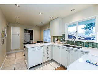 Photo 5: 153 HARVEY Street in New Westminster: The Heights NW House for sale : MLS®# V1119422