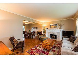 Photo 2: 153 HARVEY Street in New Westminster: The Heights NW House for sale : MLS®# V1119422