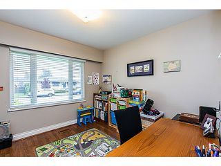 Photo 9: 153 HARVEY Street in New Westminster: The Heights NW House for sale : MLS®# V1119422