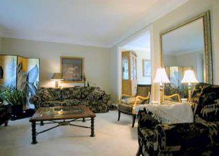 Photo 2: 36 Wootten Way N in MARKHAM: House (2-Storey) for sale (N11: LOCUST HIL)  : MLS®# N987316