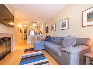 "Photo 3: 206 3278 HEATHER Street in Vancouver: Cambie Condo for sale in ""The Heatherstone"" (Vancouver West)  : MLS®# V1121190"