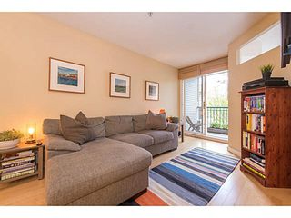 "Photo 11: 206 3278 HEATHER Street in Vancouver: Cambie Condo for sale in ""The Heatherstone"" (Vancouver West)  : MLS®# V1121190"