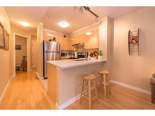 "Photo 14: 206 3278 HEATHER Street in Vancouver: Cambie Condo for sale in ""The Heatherstone"" (Vancouver West)  : MLS®# V1121190"