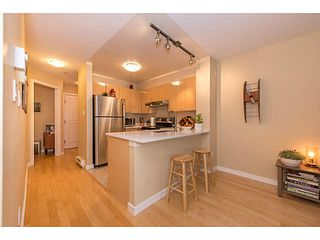 "Photo 5: 206 3278 HEATHER Street in Vancouver: Cambie Condo for sale in ""The Heatherstone"" (Vancouver West)  : MLS®# V1121190"