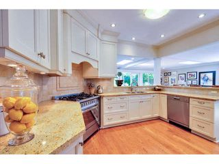 """Photo 10: 2476 124TH Street in Surrey: Crescent Bch Ocean Pk. House for sale in """"OCEAN PARK"""" (South Surrey White Rock)  : MLS®# F1448273"""