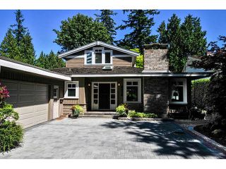 """Photo 1: 2476 124TH Street in Surrey: Crescent Bch Ocean Pk. House for sale in """"OCEAN PARK"""" (South Surrey White Rock)  : MLS®# F1448273"""
