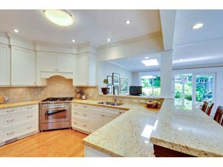 """Photo 9: 2476 124TH Street in Surrey: Crescent Bch Ocean Pk. House for sale in """"OCEAN PARK"""" (South Surrey White Rock)  : MLS®# F1448273"""