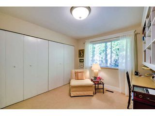 """Photo 16: 2476 124TH Street in Surrey: Crescent Bch Ocean Pk. House for sale in """"OCEAN PARK"""" (South Surrey White Rock)  : MLS®# F1448273"""