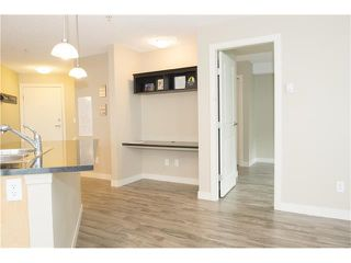 Photo 6: 206 120 COUNTRY VILLAGE Circle NE in Calgary: Country Hills Village Condo for sale : MLS®# C4043750