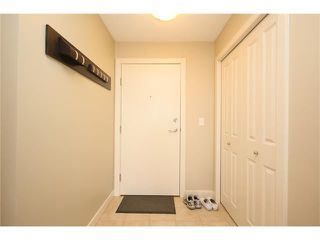 Photo 3: 206 120 COUNTRY VILLAGE Circle NE in Calgary: Country Hills Village Condo for sale : MLS®# C4043750