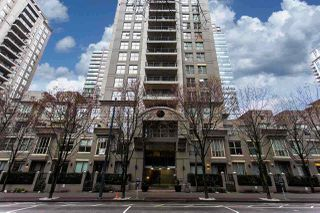 "Photo 3: 1903 969 RICHARDS Street in Vancouver: Downtown VW Condo for sale in ""MONDRIAN II"" (Vancouver West)  : MLS®# R2026391"