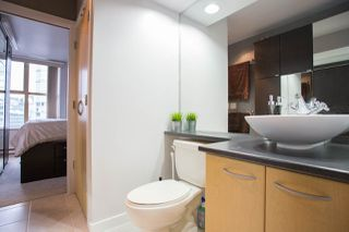 "Photo 12: 1903 969 RICHARDS Street in Vancouver: Downtown VW Condo for sale in ""MONDRIAN II"" (Vancouver West)  : MLS®# R2026391"
