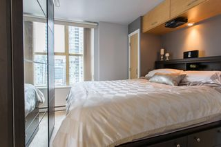 "Photo 11: 1903 969 RICHARDS Street in Vancouver: Downtown VW Condo for sale in ""MONDRIAN II"" (Vancouver West)  : MLS®# R2026391"