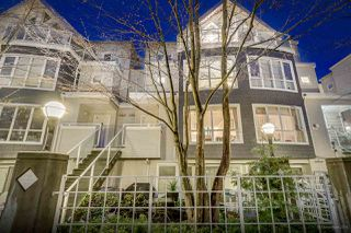 """Photo 2: 26 788 W 15TH Avenue in Vancouver: Fairview VW Townhouse for sale in """"SIXTEEN WILLOWS"""" (Vancouver West)  : MLS®# R2042871"""