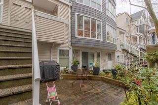 """Photo 4: 26 788 W 15TH Avenue in Vancouver: Fairview VW Townhouse for sale in """"SIXTEEN WILLOWS"""" (Vancouver West)  : MLS®# R2042871"""
