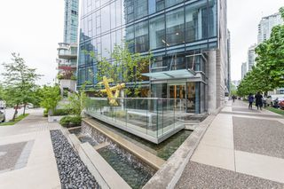"Photo 6: 1501 1499 W PENDER Street in Vancouver: Coal Harbour Condo for sale in ""WEST PENDER PLACE"" (Vancouver West)  : MLS®# R2057520"