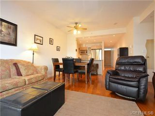 Photo 3: 319 68 Songhees Rd in VICTORIA: VW Songhees Condo Apartment for sale (Victoria West)  : MLS®# 733636
