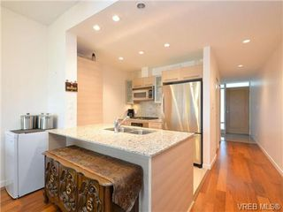 Photo 8: 319 68 Songhees Rd in VICTORIA: VW Songhees Condo Apartment for sale (Victoria West)  : MLS®# 733636