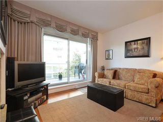 Photo 2: 319 68 Songhees Rd in VICTORIA: VW Songhees Condo Apartment for sale (Victoria West)  : MLS®# 733636