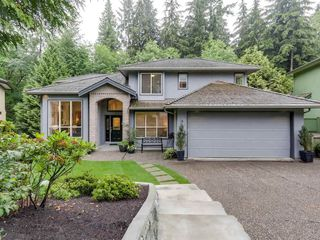 Main Photo: 817 STRATHAVEN Drive in North Vancouver: Windsor Park NV House for sale : MLS®# R2083709