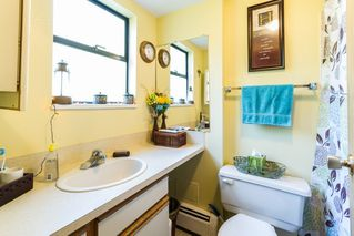 Photo 18: 20892 DEWDNEY TRUNK Road in Maple Ridge: Southwest Maple Ridge House 1/2 Duplex for sale : MLS®# R2098243