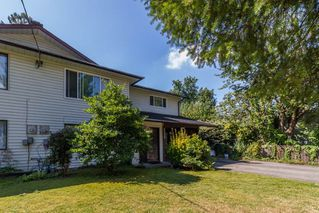 Photo 1: 20892 DEWDNEY TRUNK Road in Maple Ridge: Southwest Maple Ridge House 1/2 Duplex for sale : MLS®# R2098243
