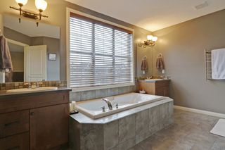 Photo 16: 2 Aspen Hills Manor SW in Calgary: House for sale : MLS®# C3622296