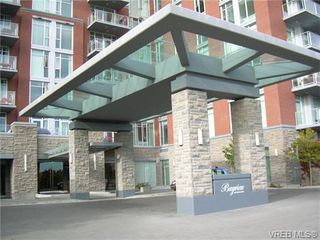 Photo 2: 401 100 Saghalie Rd in VICTORIA: VW Songhees Condo for sale (Victoria West)  : MLS®# 743289