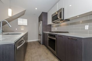 Photo 9: 5010 5511 HOLLYBRIDGE Way in Richmond: Brighouse Condo for sale : MLS®# R2118055