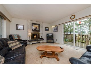 Photo 3: 9618 PAULA Crescent in Chilliwack: Chilliwack E Young-Yale House for sale : MLS®# R2145075