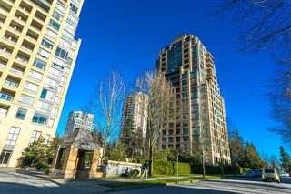"Photo 5: 1901 7388 SANDBORNE Avenue in Burnaby: South Slope Condo for sale in ""MAYFAIR PLACE"" (Burnaby South)  : MLS®# R2150584"