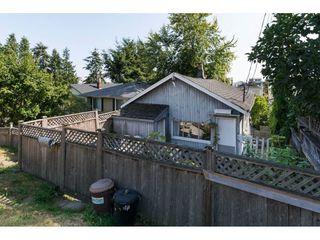 Photo 18: 15576 COLUMBIA Avenue: White Rock House for sale (South Surrey White Rock)  : MLS®# R2153012