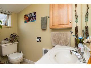 Photo 10: 15576 COLUMBIA Avenue: White Rock House for sale (South Surrey White Rock)  : MLS®# R2153012