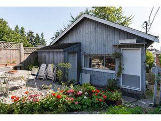 Photo 2: 15576 COLUMBIA Avenue: White Rock House for sale (South Surrey White Rock)  : MLS®# R2153012