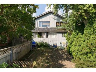 Photo 13: 15576 COLUMBIA Avenue: White Rock House for sale (South Surrey White Rock)  : MLS®# R2153012