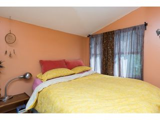 Photo 8: 15576 COLUMBIA Avenue: White Rock House for sale (South Surrey White Rock)  : MLS®# R2153012