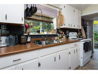 Photo 7: 15576 COLUMBIA Avenue: White Rock House for sale (South Surrey White Rock)  : MLS®# R2153012
