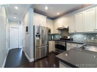 Photo 4: 3706 Cornus Crt in VICTORIA: La Happy Valley House for sale (Langford)  : MLS®# 755678