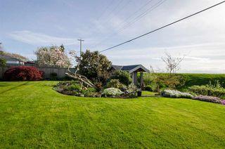 """Photo 18: 8651 SEAFAIR Drive in Richmond: Seafair House for sale in """"Seafair"""" : MLS®# R2160959"""