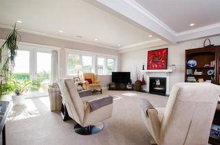 """Photo 8: 8651 SEAFAIR Drive in Richmond: Seafair House for sale in """"Seafair"""" : MLS®# R2160959"""