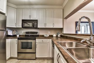 """Photo 7: 104 15272 19 Avenue in Surrey: King George Corridor Condo for sale in """"Parkview Place"""" (South Surrey White Rock)  : MLS®# R2163903"""