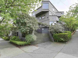 "Photo 1: 58 870 W 7TH Avenue in Vancouver: Fairview VW Townhouse for sale in ""Laurel Court"" (Vancouver West)  : MLS®# R2169394"
